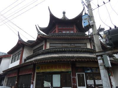 連休は海外4  (上海の路地裏をさまよう)
