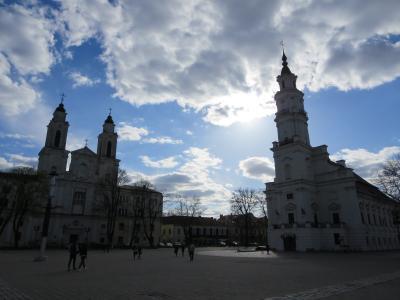 歴史を刻むワルシャワ&人間の鎖バルト三国9日間☆その8☆カウナス弐~大聖堂・市庁舎広場~大聖堂のパイプオルガン美しい♪
