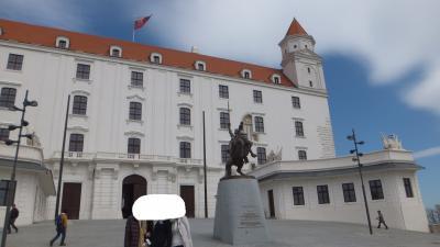 ブラチスラバにも立ち寄るツアー。