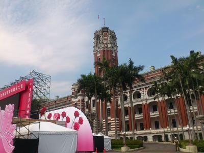 台北市内観光(2)中山堂や台湾総督府など