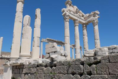 トルコ遺跡周遊 2日目 トロイ遺跡とペルガモン遺跡