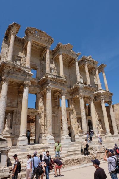 トルコ遺跡周遊 3日目 エフェス遺跡とクシャダス
