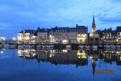 オンフルール フランスの美しい村を訪ねる旅 No1