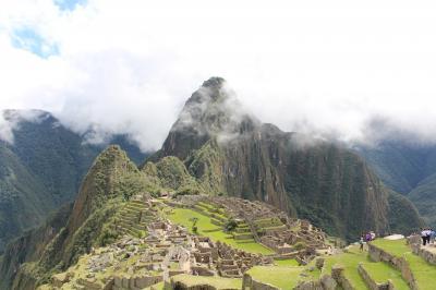 2015南米旅行2-1 霧のワイナピチュと絶景のマチュピチュ