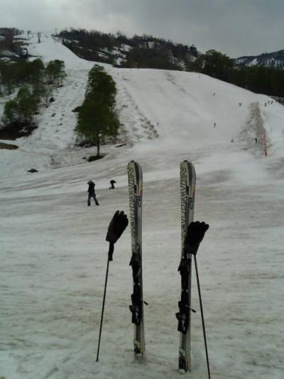 5月の春スキー、かぐら。