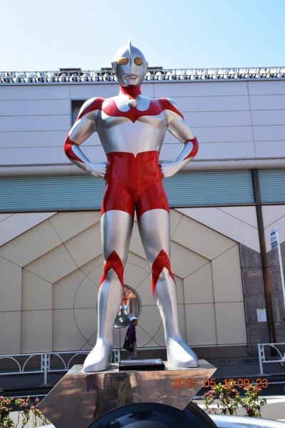 【東京散策26】ウルトラ兄弟が街中に溢れる祖師谷ウルトラマン商店街とTOHOスタジオ