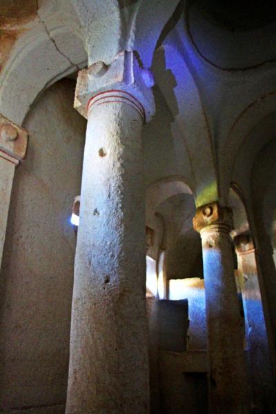Hidden Churchを探して薔薇の谷トレッキング/71才☆ホームステイに初挑戦【母と娘のウルルン旅-1】