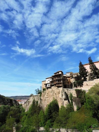 クエンカ_Cuenca 宙吊りの家!ムスリムを起源とし、アルフォンソ8世により宗教化された城塞都市