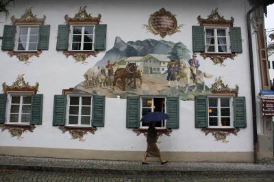 南ドイツ街歩き山歩き(その8・雨のオーバーアマガウとガルミッシュ・パルテンキルヘェン街歩き)