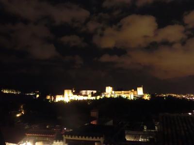 父をたずねて何千里?スペインの旅 IV 父娘で夜遊び グラナダ夜活編