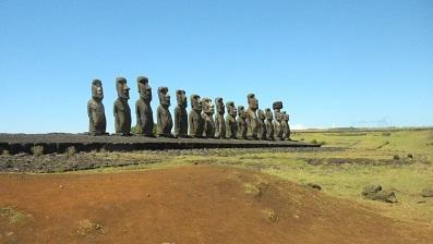 還暦夫婦の世界一周 チリのイースター島 日本人宿が面白い