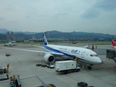 台北2泊3日の一人旅:ANA羽田?台北・松山線。。。ビジネスクラス[搭乗記]