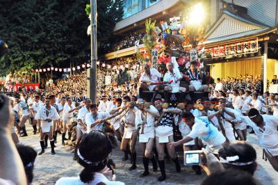 これぞ日本の祭り 博多祇園山笠!男の祭り!いいえ 親子家族絆の祭りです!2 櫛田入と感動の「祝いめでた」