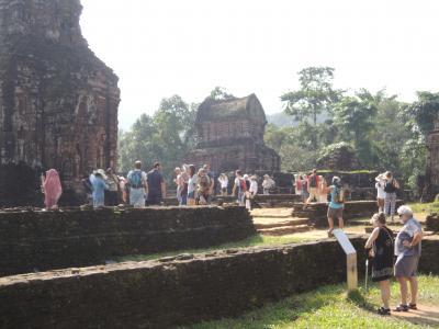 ベトナム南部から中部を訪れる5