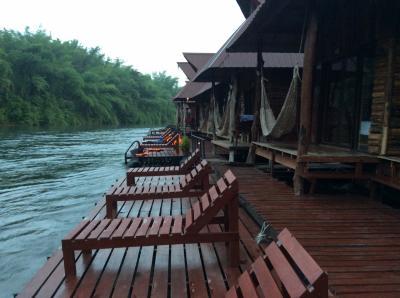 タイ専科⑤ バンコク~アンパワー~カンチャナブリ~サイヨーク 川と湖の旅(メークロン川,シナカリン湖)
