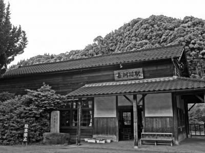 ふるさとに帰ったきたような ぬくもりあふれる停車場へ ◆ JR肥薩線『嘉例川駅』~九州最古の木造駅舎