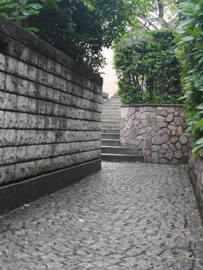 粋な街「神楽坂」の散策、神楽坂まつり、そして神楽坂の名店