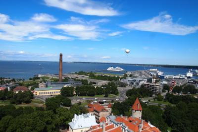 【エストニア】女子ならみんな好きになる!?可愛い街並みタリンを一人で散策。