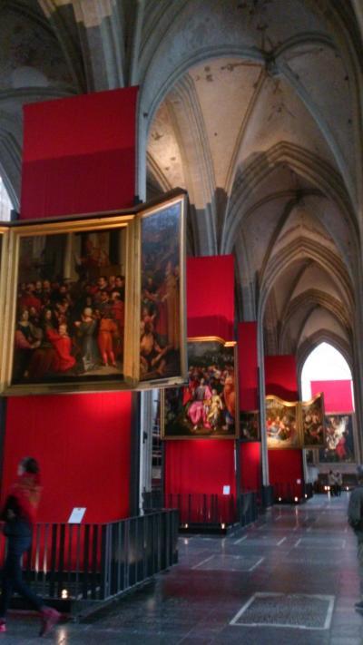 春のベルギー・オランダ・パリの街角♪vol.6ノートルダム大聖堂はまるで美術館☆そしてデルフトへ(^^r