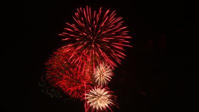約3万発 長良川花火大会(06) 鵜匠の家 すぎ山屋上から見た花火 ゴンママ撮影分