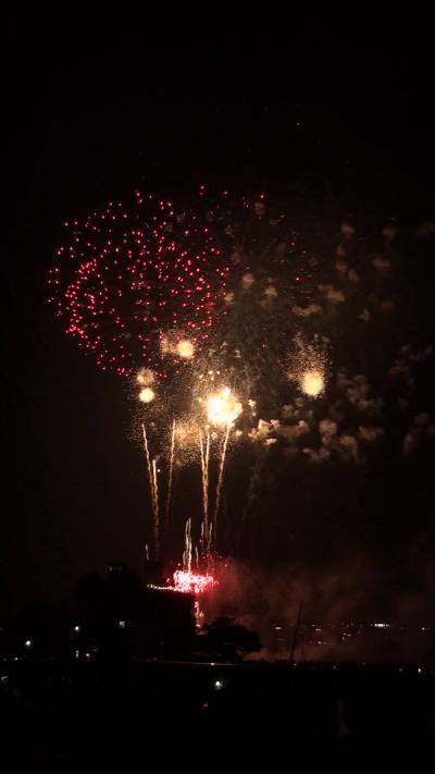 約3万発 長良川花火大会(11) 鵜匠の家 すぎ山屋上から見た花火 動画から切出し編 その4