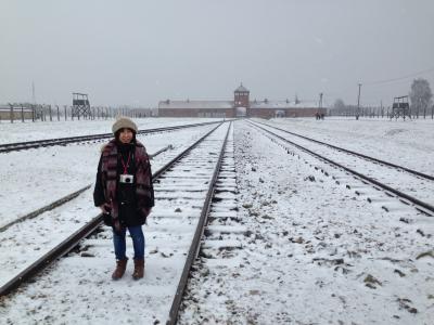 【ポーランド②】歴史に学べ!アンネの日記を握りしめ、極寒のポーランドでクリスマスマーケット!?