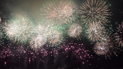 [2015年8月]二年越し!待ってました!なにわ淀川花火大会☆今年は初めて有料エリアにて♪