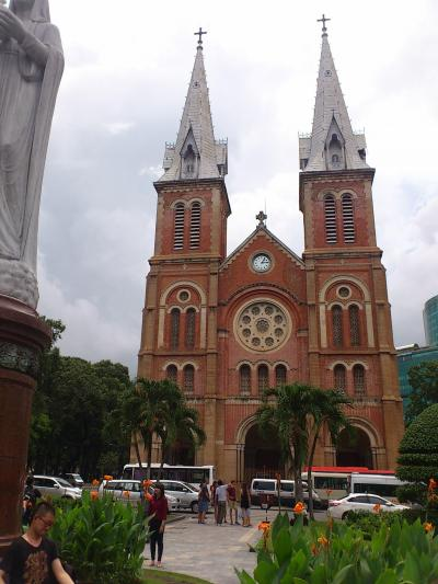 ホーチミン(1)サイゴン大教会など