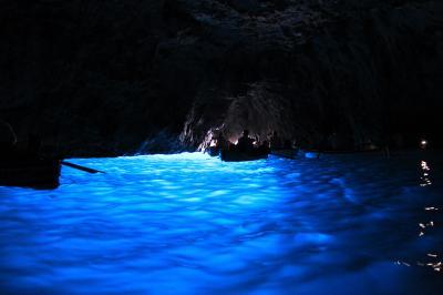 子連れ旅行 イタリア・カプリ島 ナポリ発、青の洞窟とアナカプリ観光。陸路で「青の洞窟」へ行くのだ。