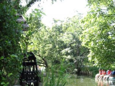 安曇野散策~穂高神社、ちひろ美術館とわさび農場、移動はリゾートビューふるさとで~