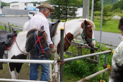 2015.8 2年に一度の体験研修会 今年は、乗馬に挑戦