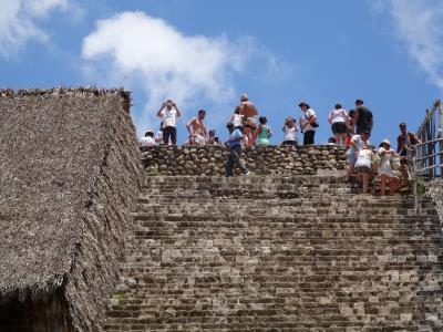 何度来てもいいものはいい!(ツアー編 3) もう一度ピラミッド登りたい。