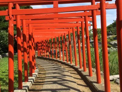 そこはまるで、異空間! 高山稲荷神社