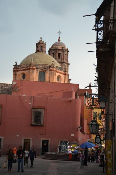 メキシコの世界遺産No.3:ケレタロの歴史的建造物地区と水道橋