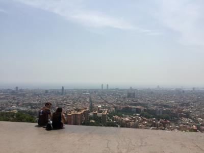 BCN - バルセロナの遠望を見る