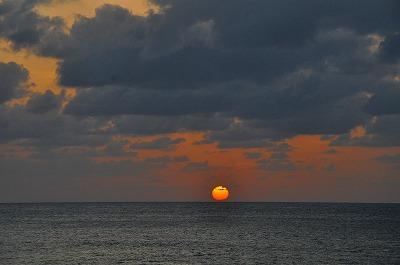スカイマークとピーチで往復 沖縄 北大東島・南大東島と深夜急行バスの旅(2)