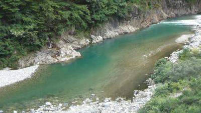 立山黒部アルペンルートの旅(27) 昼食は、宇奈月温泉延對寺荘で松花堂弁当。