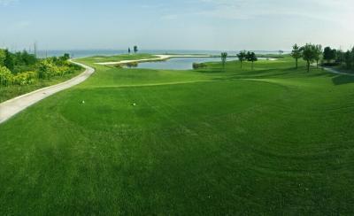 梁子湖ゴルフリゾートセンター
