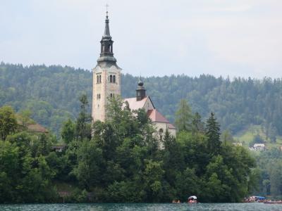2015年夏【4】ANAビジネスクラスで行くアドリア海のきらめきと美しき街々を訪ねるスロヴェニア・クロアチア紀行(アルプスの瞳「ブレッド湖」に浮かぶ聖マリア教会)