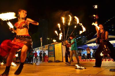 2015 熱帯夜の「蛮火炎」vs.「Belly Dance studio Eshta」 三部作