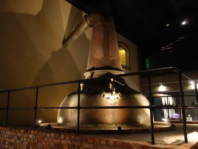 サントリー白州工場見学。どうせアルコールは飲めないので,水の工場にしました。