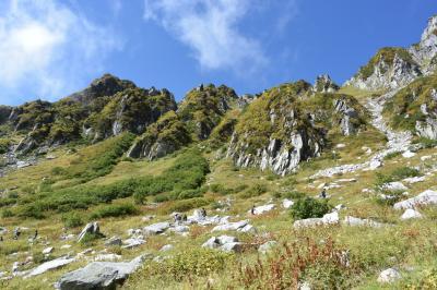 宝剣岳と木曽駒ヶ岳 紅葉前でも素敵です!別世界の千畳敷カール♪