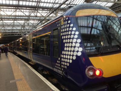 蒸留所めぐりの旅スコットランド③ アイラ島行きの飛行機に乗るために、グラスゴー入りするぞ!鉄道大好きの巻。