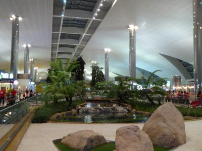 居心地の良い場所へ SWスペイン(1) 仕事帰りにエミレーツ航空で行くスペインの旅 マドリード到着まで