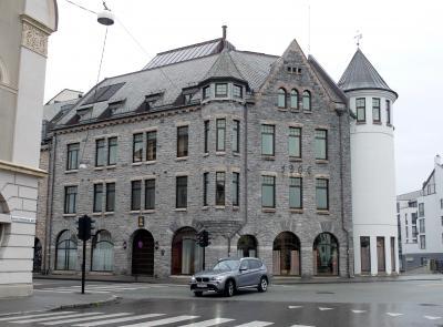 2015.8ノルウエーフィヨルドドライブ1771km 9-Aalesundの町歩き2 港の周辺を歩く