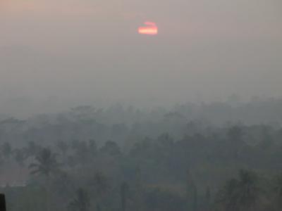 2015 夏休み 悪友ふたり ジャワ島へ ボロブドゥールに 陽はまた昇る<インドネシア2>