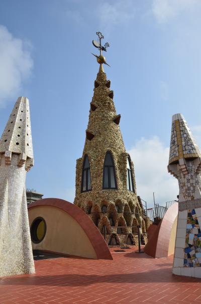 バルセロナ建築散歩 ・ ガウディの世界遺産巡り ~グエル邸~