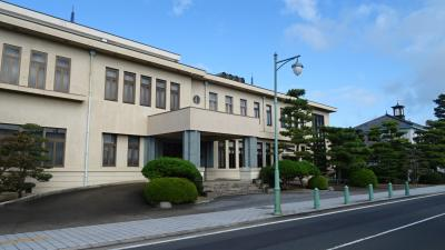 湖東・湖北・若狭・丹波の庭園紀行(78) 資料館もグンゼ博物苑もオープンしていなかった。