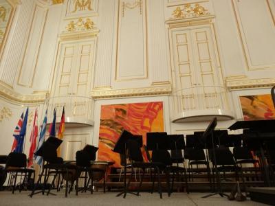 音楽を聴きにウィーンへ (ウィーン王宮オーケストラとドイツ騎士団修道会「サラ・テレーナ」)