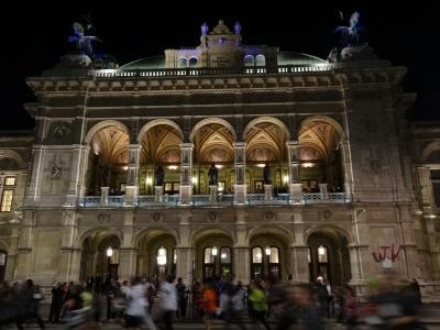 音楽を聴きにウィーンへ (国立オペラハウスと楽友協会)